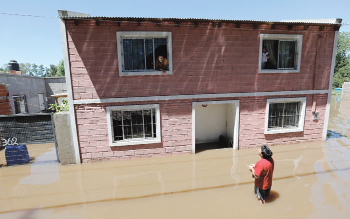 a flooded home in Buenos Aires