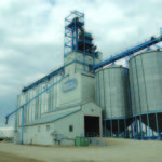 A 40,000-bushel elevator at Hargrave, on the CPR Broadview Subdivision, was built in 1928 by Manitoba Pool for a local farmer co-operative. In 1952, its capacity was increased to 85,000 bushels with the construction of a balloon annex alongside it. Traded to United Grain Growers in April 1979, the elevator was operated successively by Agricore United and Viterra. Closed in 2011, the steel tanks were disassembled and the elevator was demolished in July 2014.