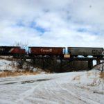 CN executive says shipping more Alberta oil won't hurt grain shipping.