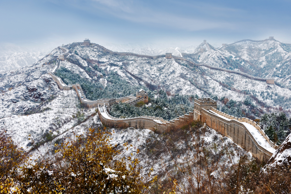 As the White House openly panders to its rural voters, China, wall or no wall, continues to play the long game.